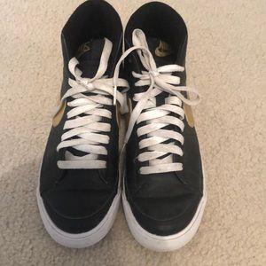 Nike high top sneakers!